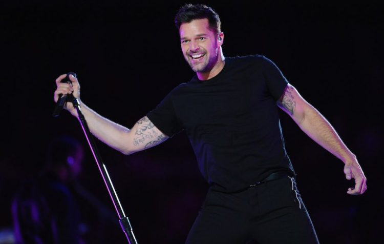 RickyMartinGettyImages-130982190-920x584